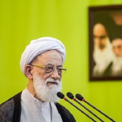 امامی کاشانی: دشمن کشور را در فشار انداخته است