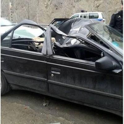 مرگ وحشتناک دختر 18 ساله براثر سقوط سنگ در جاده چالوس
