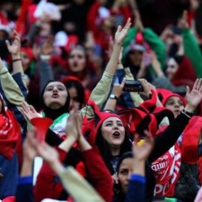 امکان حضور 'بانوان' در بازیهای ملی در 'آزادی' فراهم شد