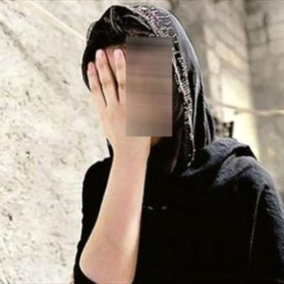 رابطه نامشروع مرد ایرانی با یک زن جلوی چشم همسر و دخترش
