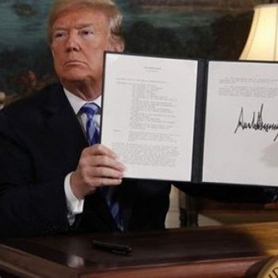 ۶ سناتور در پی بازگرداندن ترامپ به برجاماند