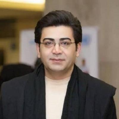 (عکس) فرزاد حسنی در تولد داماد بازیگر مشهور