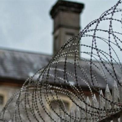در زندانهای لرستان چه خبر است؟
