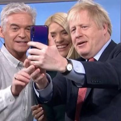 گوشی هواوی نخستوزیر انگلیس خبرساز شد