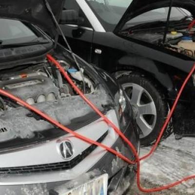 نحوه صحیح باتری به باتری خودرو چگونه است؟