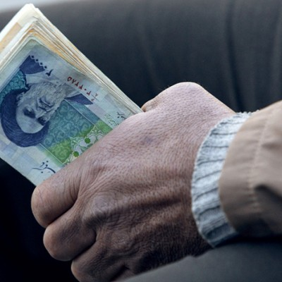 کمک معیشتی دولت برای ۲۰ میلیون نفر دیگر واریز شد