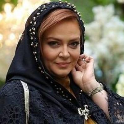 بهاره رهنما در حال خرید لباس های عید