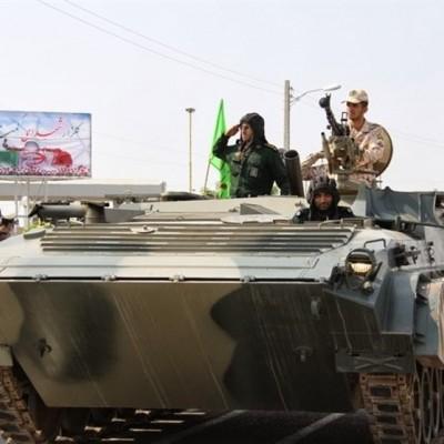 نفربرهای ایران به حرکت درآمدند