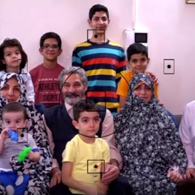 (فیلم) برشی از زندگی نخبه ایرانی با ۷ فرزند؛ از دستفروشی تا اختراع