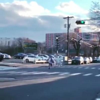فیلم فرار بیمار کرونایی از بیمارستان
