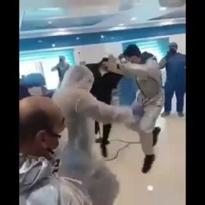 تصاویر دیدنی رقص «چکه» بیماران کرونایی و پزشکانشان